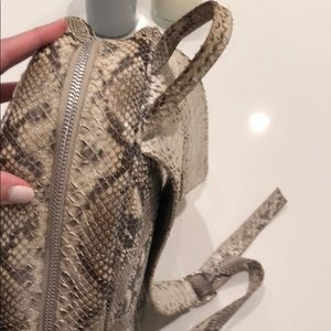 Bags - Python backpack (real)